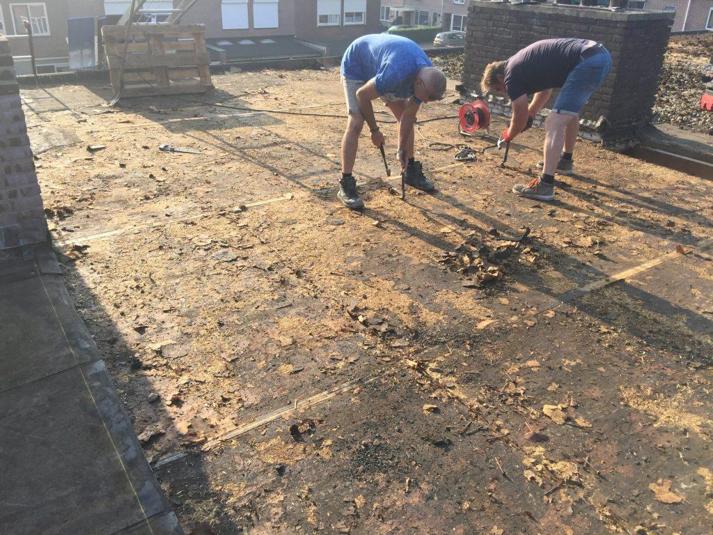 Renovatie daken Angelso tot op balken
