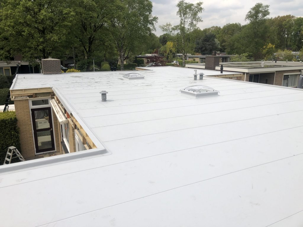 Renovatie dak Angelso van bitumen naar Kunststof